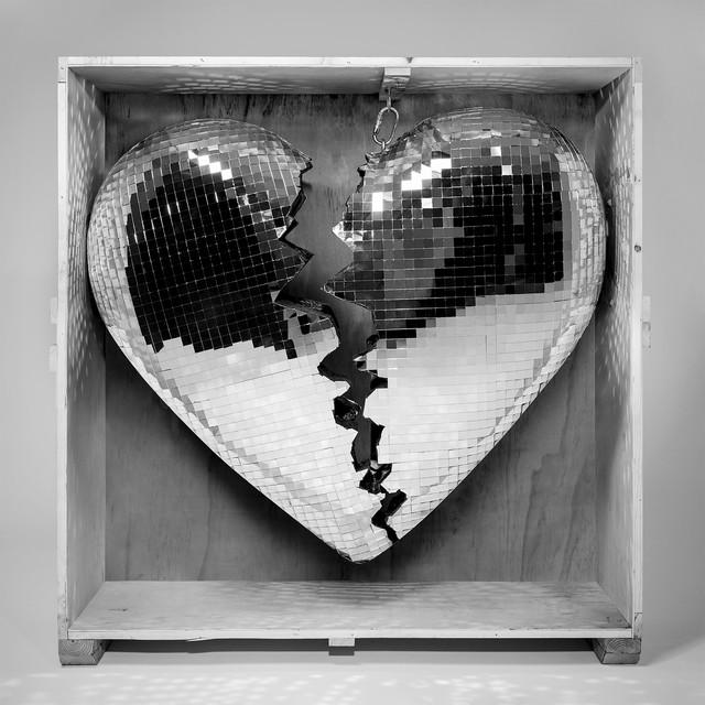 Mark Ronson - True Blue (feat. Angel Olsen)